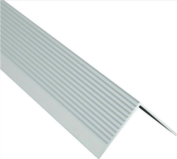 Поріжок BRAZ LINE сход. рифл. 30*30мм 0.9м анод. срібло BLB-5303-10-0115-З.09